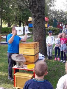 Wizyta pszczelarza